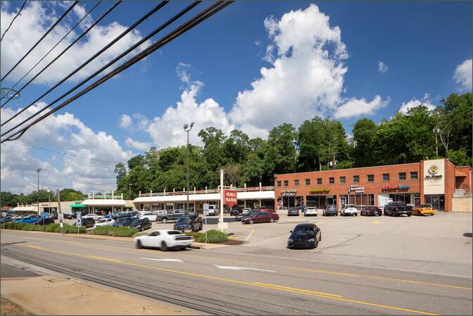 Noble Manor Shopping Center