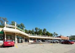 Noble Manor Shopping Center: