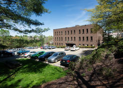 1016 Greentree Road Offices: