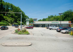 Browns Hill Road Shopping Center: 130430 Union BrownsHillCenter 01