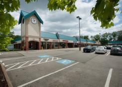 Shoppers Plaza Shopping Center: 130430 Union ShoppersPlaza 01