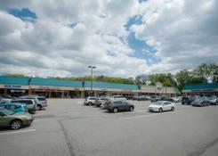 Shoppers Plaza Shopping Center: 130430 Union ShoppersPlaza 05