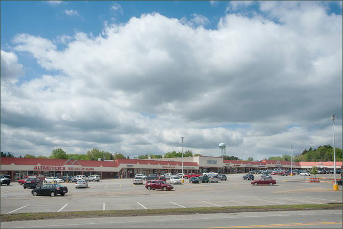 Point Plaza Shopping Center