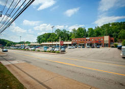 Noble Manor Shopping Center: