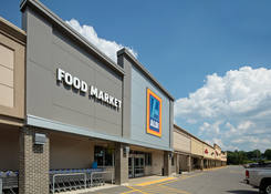 Bon Aire Shopping Center: Aldi