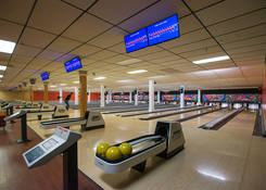 Pines Plaza Shopping Center: Bowling Alley (lower level)
